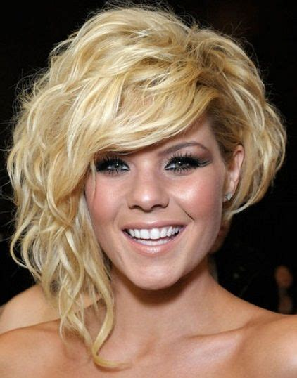 Inverted Cornrow Hairstyles For Adults by Best 25 Curly Asymmetrical Bob Ideas On Wavy