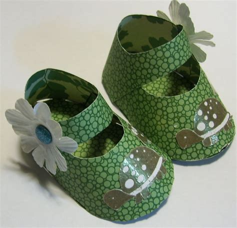 Make Paper Shoes - how to make paper baby shoes search baby shower