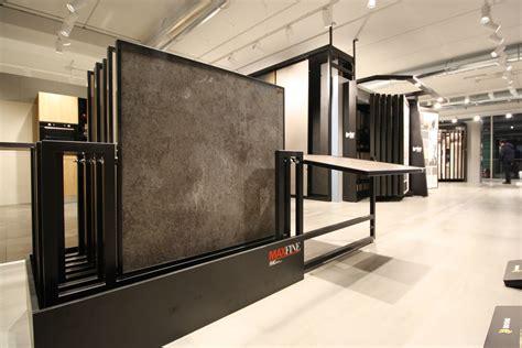 showroom piastrelle progettazione interni interior retail design