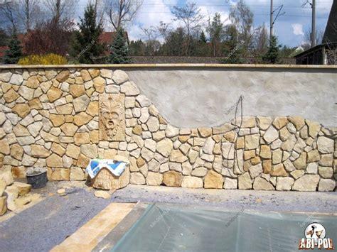 Pod Garage by Polygonale Sandsteinverblender