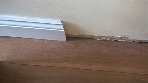 Fitting Laminate Flooring Skirting Boards by Building