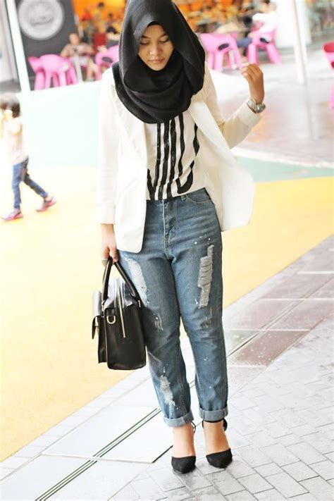 Kaos Hijaber Casual Modern 30 Stylish Ways To Wear With For Chic Look
