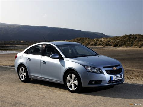 chevrolet cruze uk spec j300 2009 12 pictures 1280x960