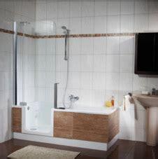 dusche und badewanne kombiniert badewanne und dusche in einem twinline badewanne artweger