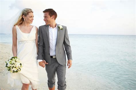 Wedding Attire Reddit by Ultimate Guide On Casual Wedding Attire For