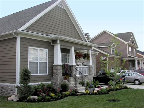 Landscaping Ideas For Front Of House Front Yard Garden Design Front Of House