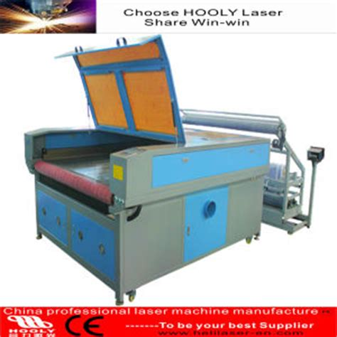 fabric pattern cutting machine china 100w co2 automatic feeding garment fabric strip