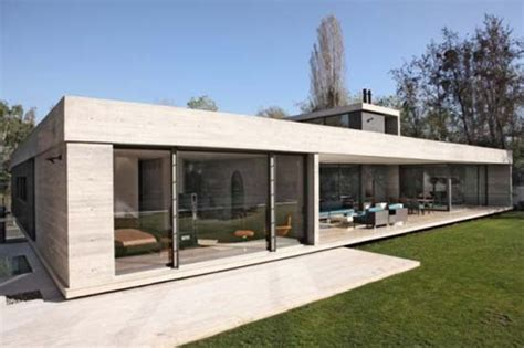 Concrete Homes Designs by Contemporary Minimalist Modern House Style Minimalist
