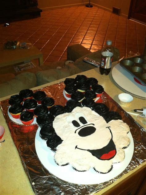 mickey mouse template for cake mickey mouse cupcake cake tnt cakes food