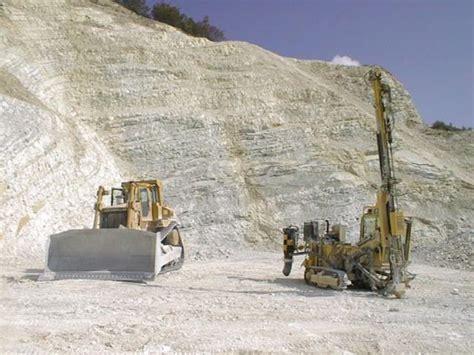 cave di ghiaia provincia e arpa sequestrano cava abusiva da dove si