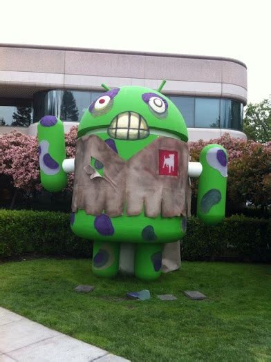 android statues update now live zynga zombifies mountain view s android statue in preparation for zombiesmash