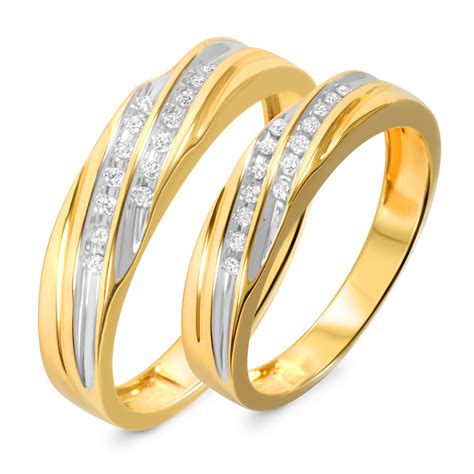 gold wedding bands his and hers 1 7 carat t w his and hers wedding band set 14k