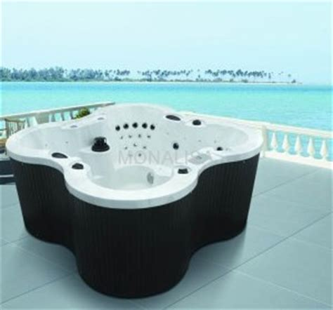 Outdoor Tubs For Sale Outdoor Jakuzzi Whirlpool Bathtubs And
