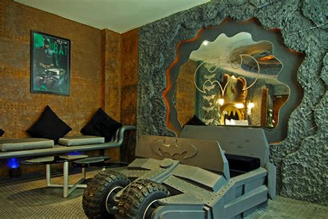 hotel rooms by the hour a batman hotel can give you access to the batcave for only 50 a