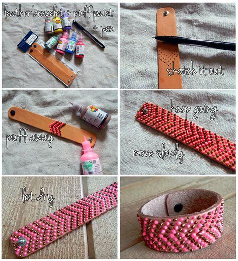 como hacer brazaletes de cuero como hacer pulseras con pintura 3d en relieve enrhedando
