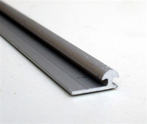 binari per ante scorrevoli armadio 187 binario alluminio per ante scorrevoli