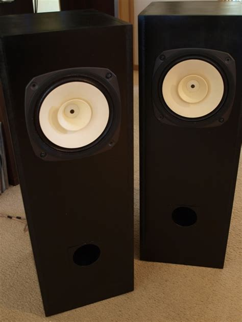 Speaker Fostex big d s folded horn speakers w fostex range drivers
