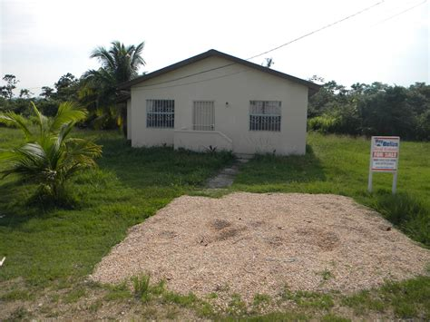 buying a 2 bedroom house buy house in belize 28 images platinum international