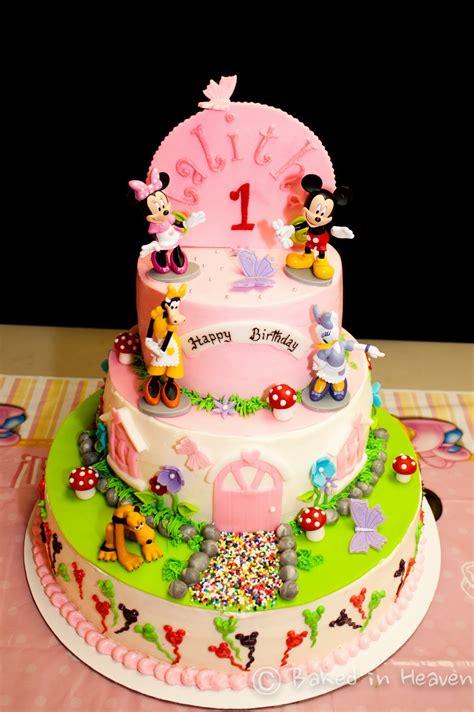 mickey minnie  friends cake baked  heaven