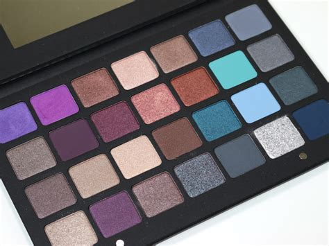Eyeshadow Blue purple makeup palette mugeek vidalondon