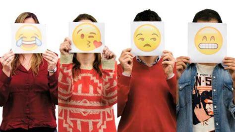 imagenes extrañas y curiosas los emoticones el nuevo lenguaje universal en las redes