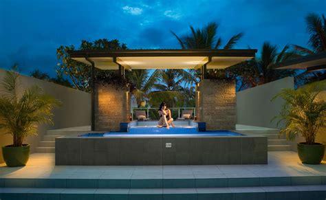 Coconut Grove Port Douglas » Luxury Terrace Pool Apartments