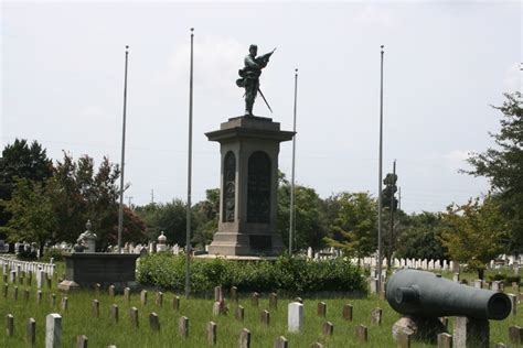 slideshow landing page live5news charleston sc confederate soldiers burial grounds magnolia cemetery