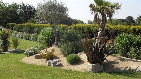 Massif Decoratif Jardin by Idee Deco Massif Jardin Deco Jardin Maison Email