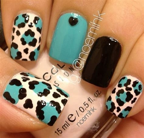 easy nail art print teal black white animal print nail art nail files