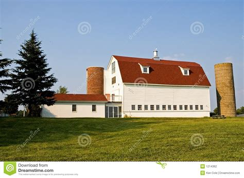 Livestock Barns Barn With Red Gambrel Roof And Silos Stock Photo Image
