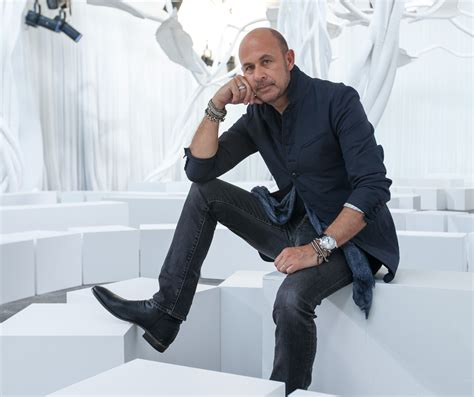 Mens What To Wear Couture In The City Fashion by Varvatos Is Possibly The Only Person Still