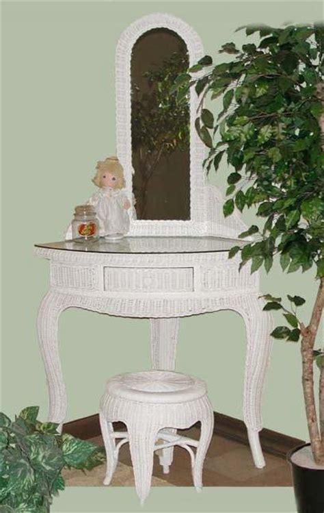 Corner Vanity Table Wicker Org Wicker Vanity Vanities Dressing Table Rattan Vanity Bench Stool Tri Fold Mirror