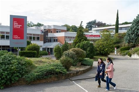 Emlyon Mba Admission by Msc Luxury Management Marketing In Emlyon Business