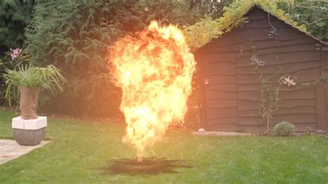 tutorial after effect bomb after effects creating a realistic explosion tutorial