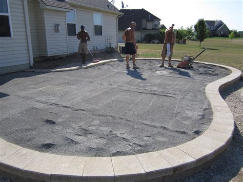 Backyard Paver Patio Building A Paver Patio Patio Design Ideas