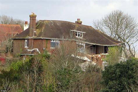 Cliff Top Ridgemont House In Torquay Devon Starts To House Torquay