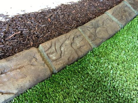 Decorative Border Edging by Landscape Curbing Equipment Concrete Curbing And Borders Gt Landscape Curbing Gt Curbing Systems