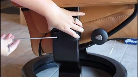 stressless computer table review easy stressless laptop table installation youtube