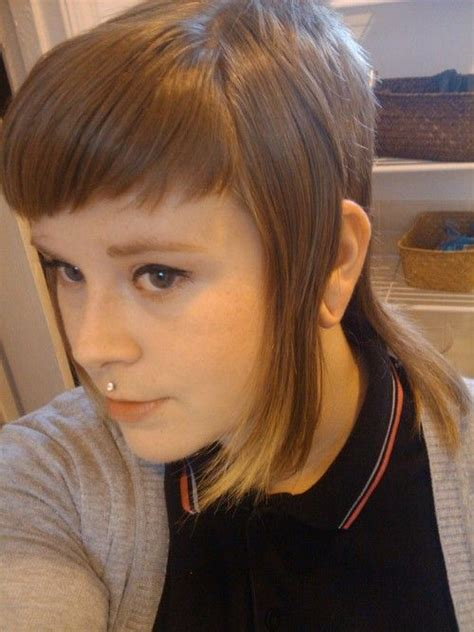 is chelsea s haircut for thin hair best 25 skinhead girl ideas on pinterest