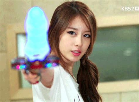 jiyeon gif find & share on giphy