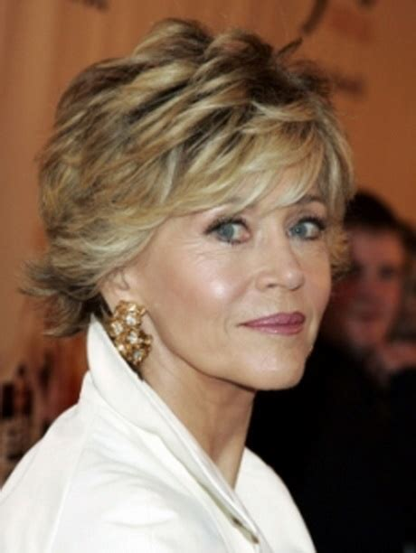 short hairstyles for fifty year olds short hairstyles 50 year old woman