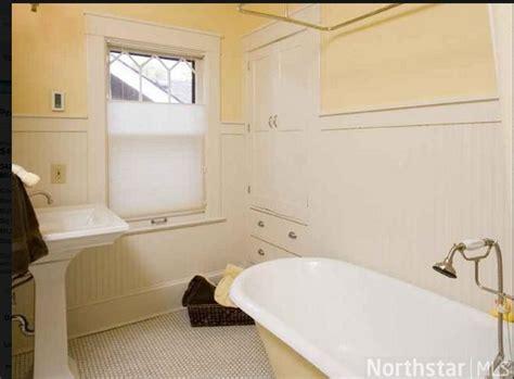 Beadboard And Tile Hex Tile And Beadboard Bathroom Bath And Tubs