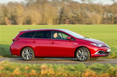 toyota automobile company toyota auris hybrid touring sports 2017 review by car