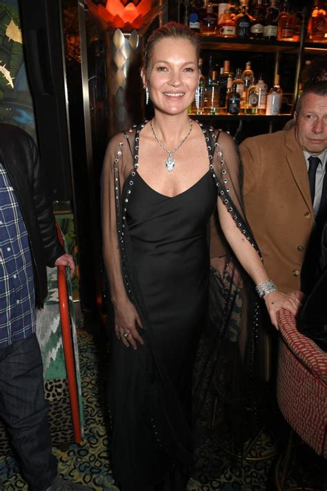 Pop Nosh Kate Moss Is A Freakin Idiot by Kate Moss Vogue Fashion And 2018 Popsugar