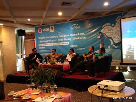 bagaimana perkembangan regulasi iuu fishing  indonesia