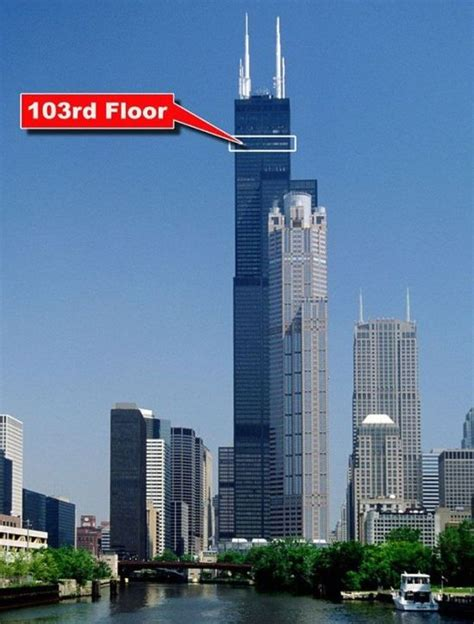 willis tower deck willis tower s glass skydeck is broken and terrifying 8 pics