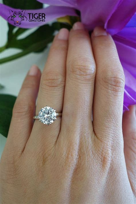 difference between a promise ring and engagement ring