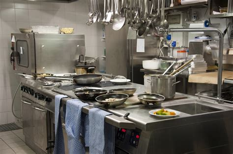 5 Kitchen Equipment by 5 Surface Cleaning Tips To Prevent Cross Contamination