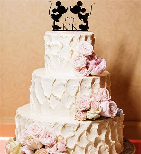 fans of disney and dessert feast your upon these outrageous disney themed wedding cakes