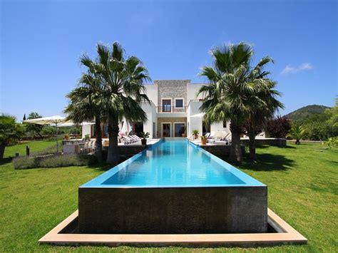 7 Bedroom Villas Rent Mallorca Sard Is A Villa In Servera Mallorca